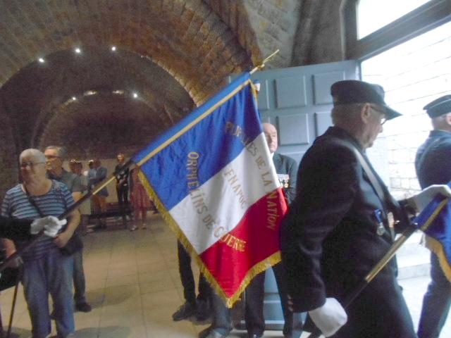 La France rend hommage à ses militaires tombés lors de la drôle de guerre